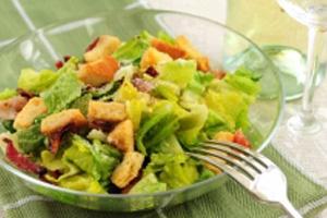 salat-cezar-klassicheskij